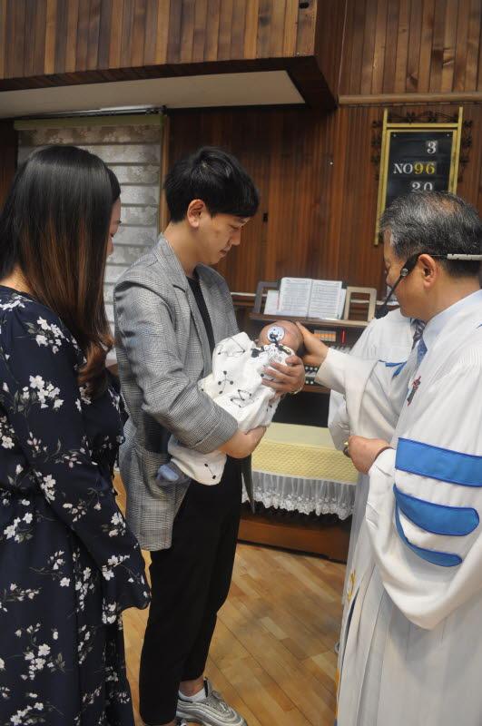 김서우 (부모: 김준하 김원영 아들) (정은자 집사 외손자)